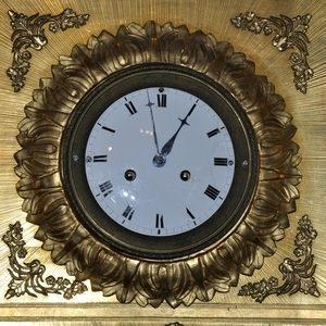 Uhren und Taschenuhrenständer